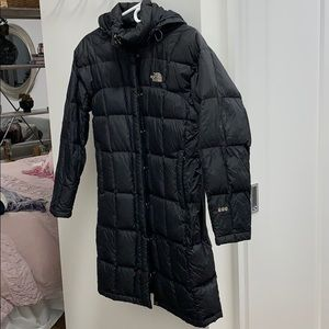 North Face 600 long parka, black size small